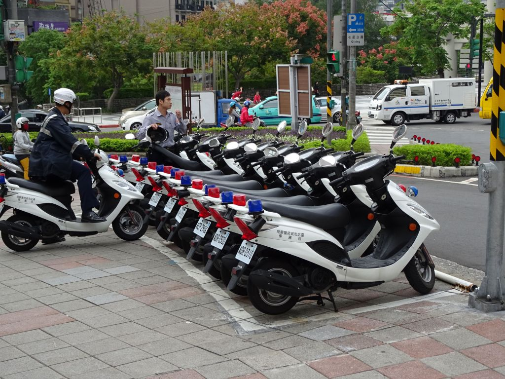 police scooters, cute :)