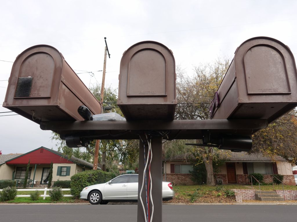 this should take care of any mailbox thieves :)