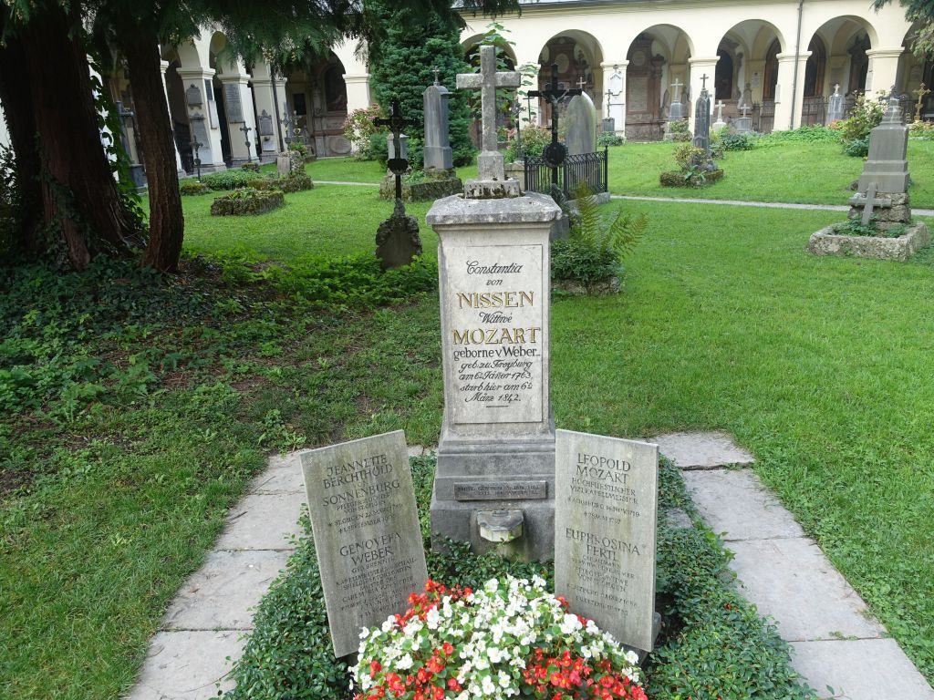 some of the Mozart family is burried there