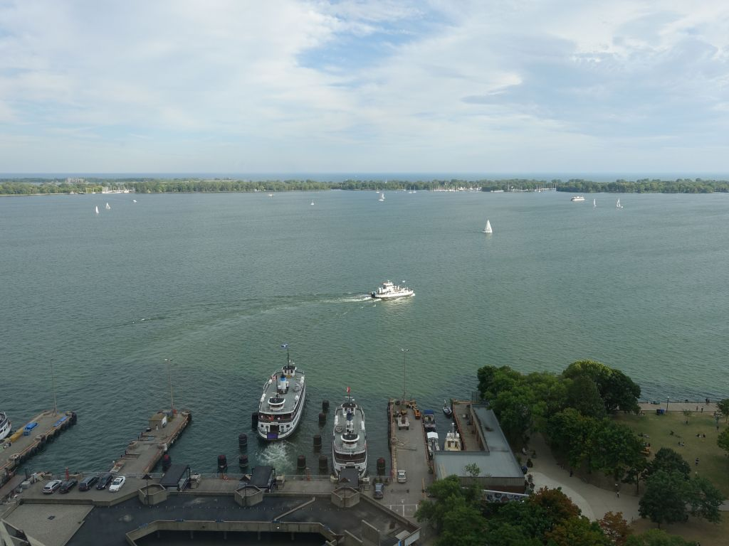 from our hotel, we had view on the boats that were going back and forth to Toronto Islands, a big park