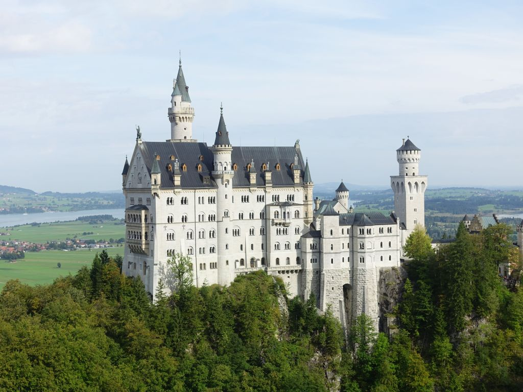 Neuschwanstein does indeed look good