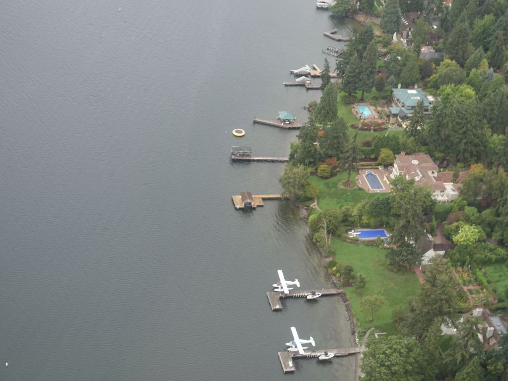 very nice houses with their own boat and seaplane