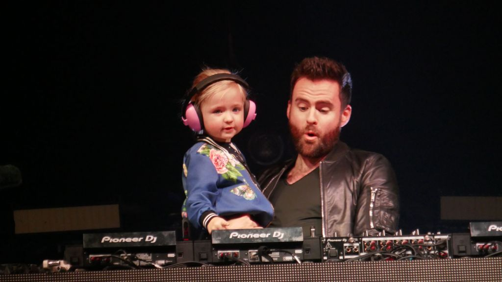 starting them young, good on Gareth Emery
