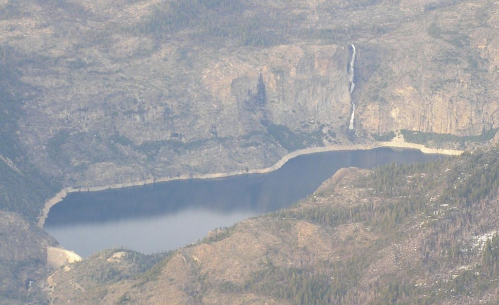 Hetch Hetchy reservoir in Yosemite