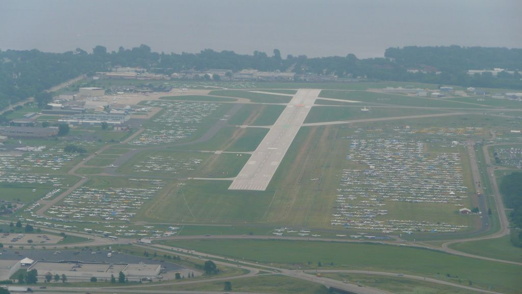 landing at Oshkosh...