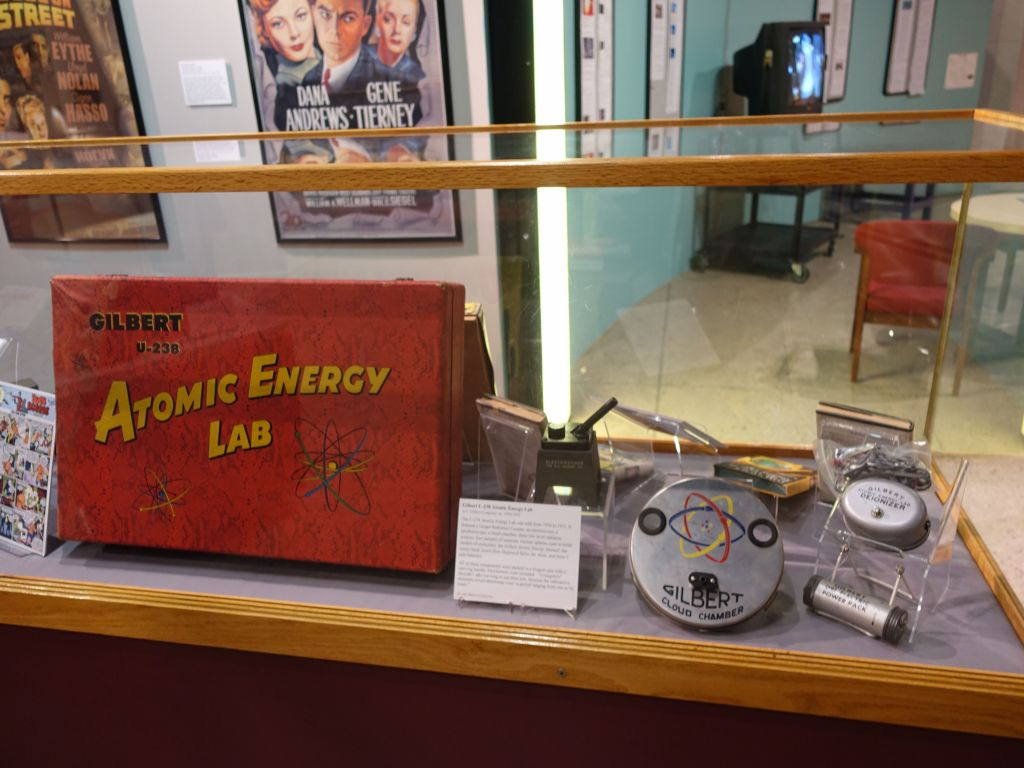 I didn't get an atomic energy lab kit when I was a kid :)