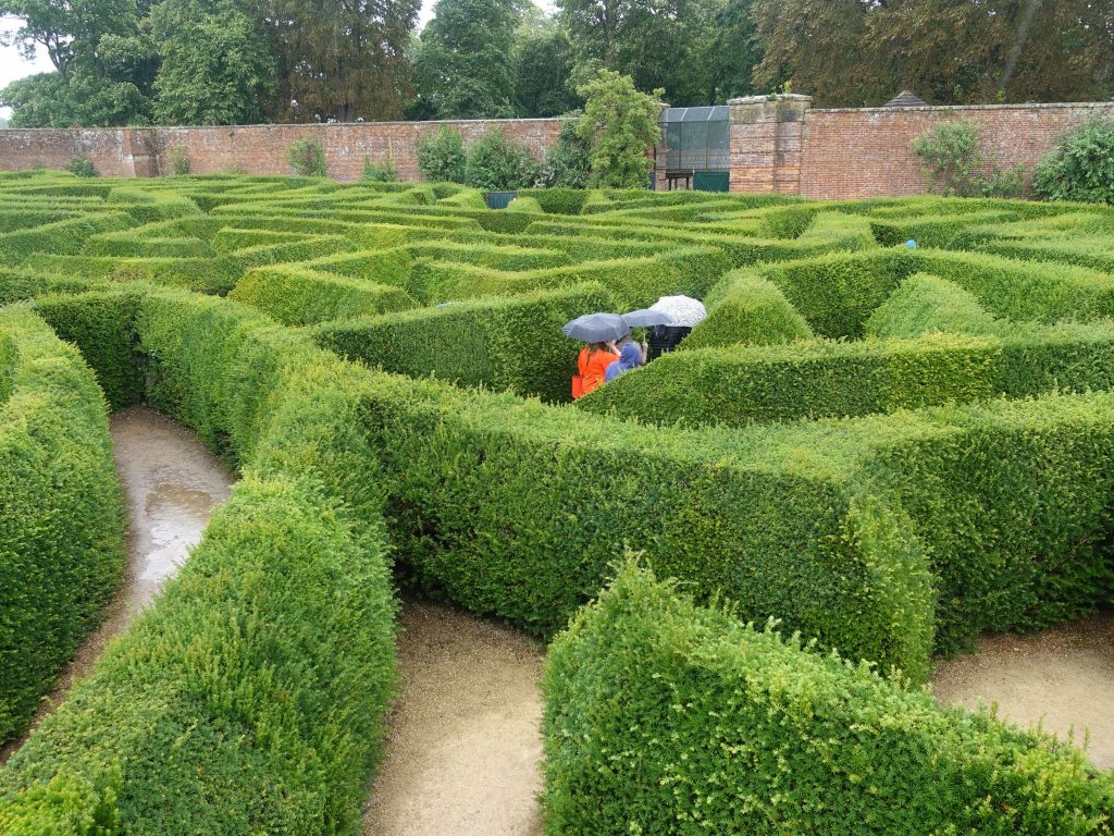 a maze under the rain, good way to be motivated to get out quickly :)