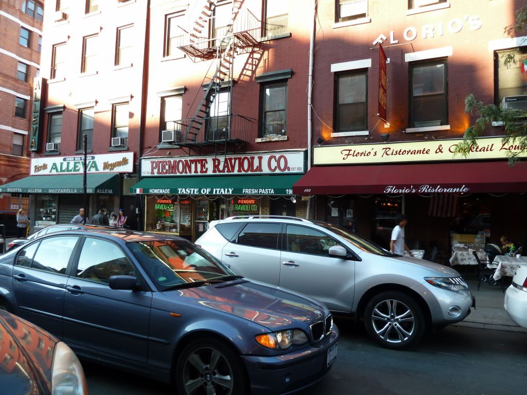 Little Italy is still there next to Chinatown