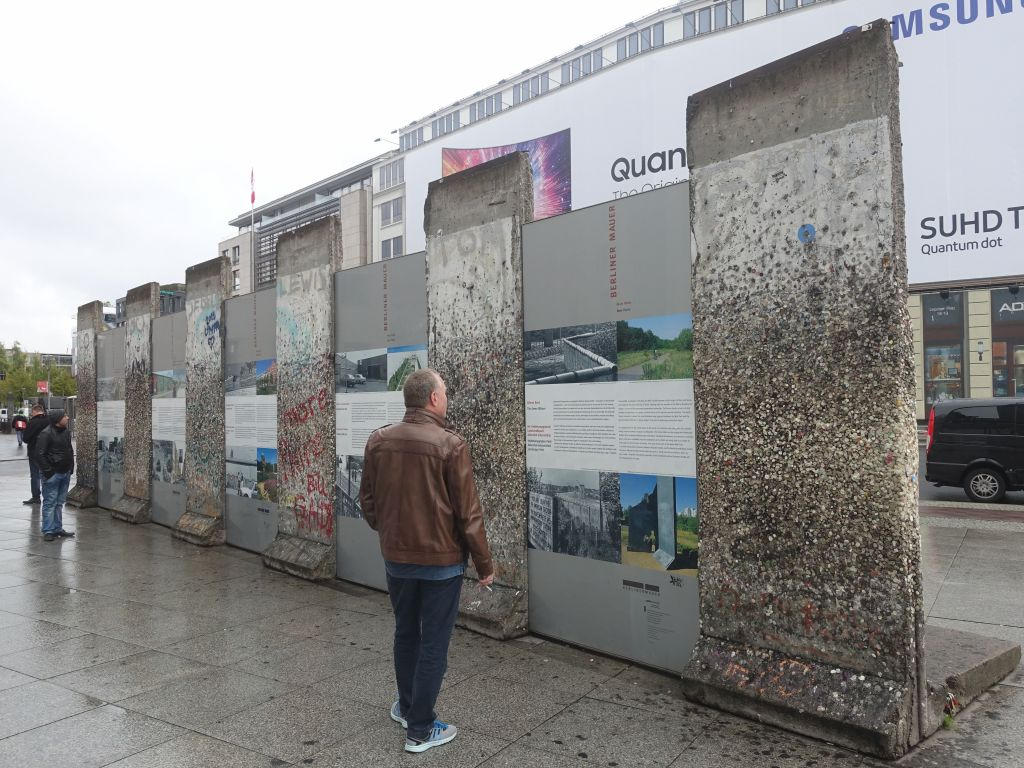 pieces of the berlin wall
