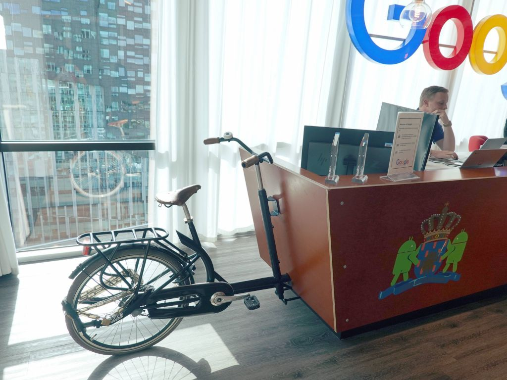 but it's a desk on wheels you can bike around (ok, not really)