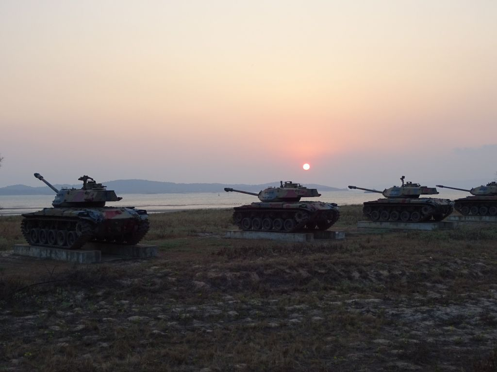 sunset over tanks, romantic :)