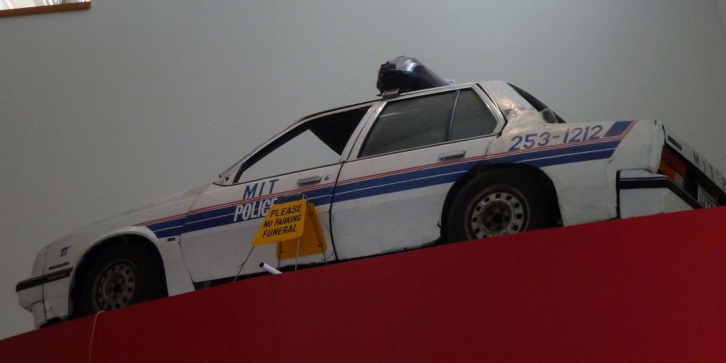 that was a few years ago, this is how cop cars looked back then