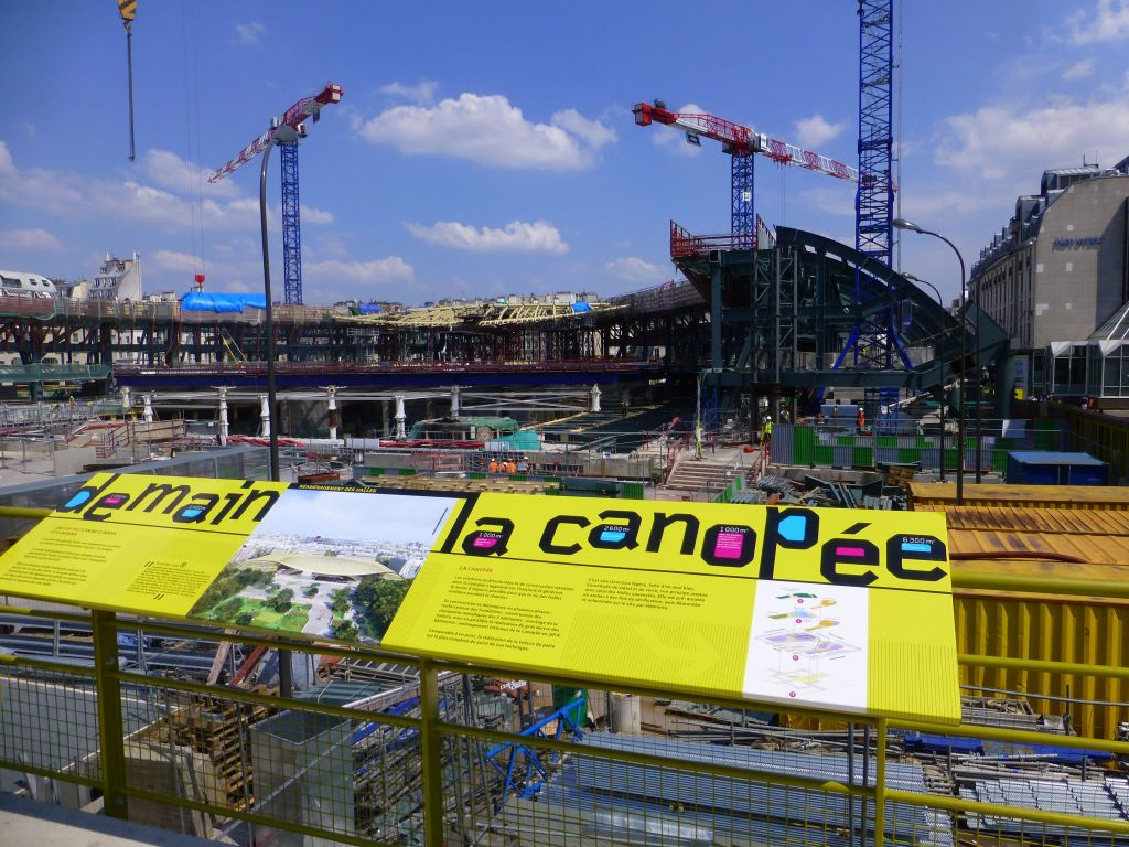 les halles, being rebuilt