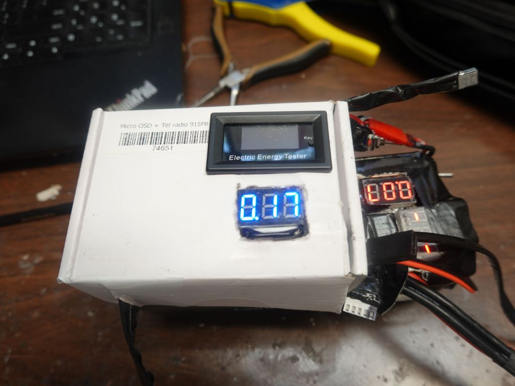 adapter box that takes 16V down to 5V and measures current used while distributing power