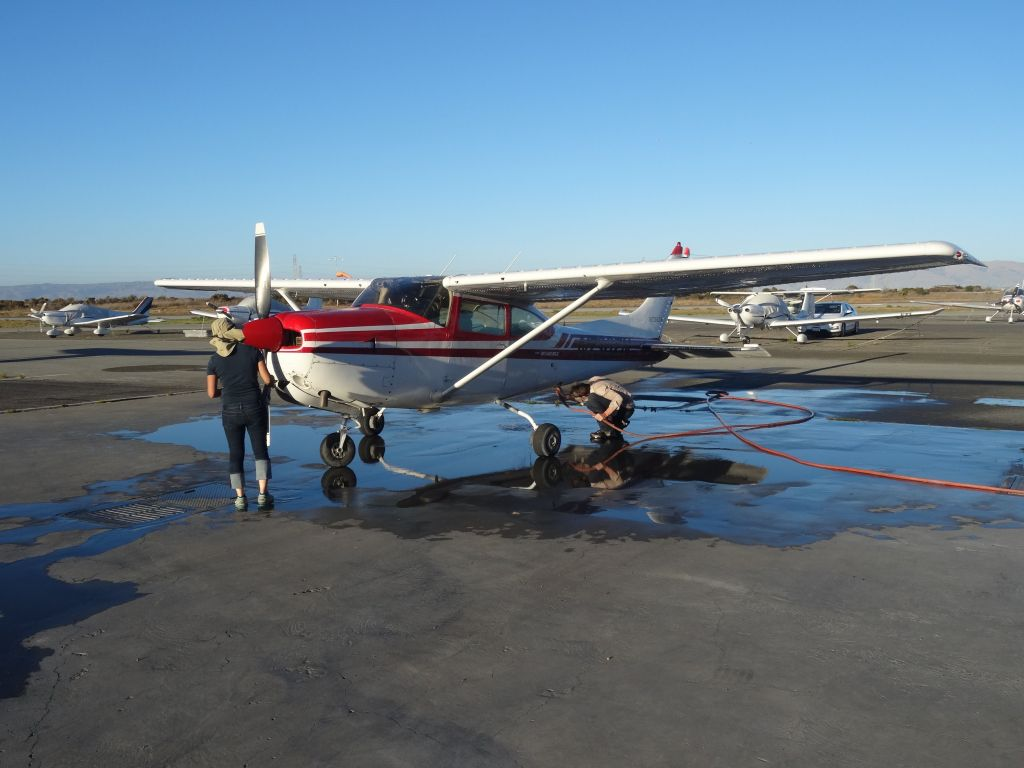 We did a good cleanup of the plane after landing, and it was good as new :)