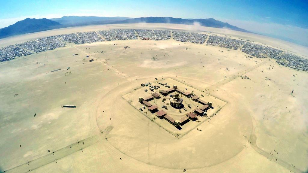 143 - 20160829 Burning Man Flight1 front