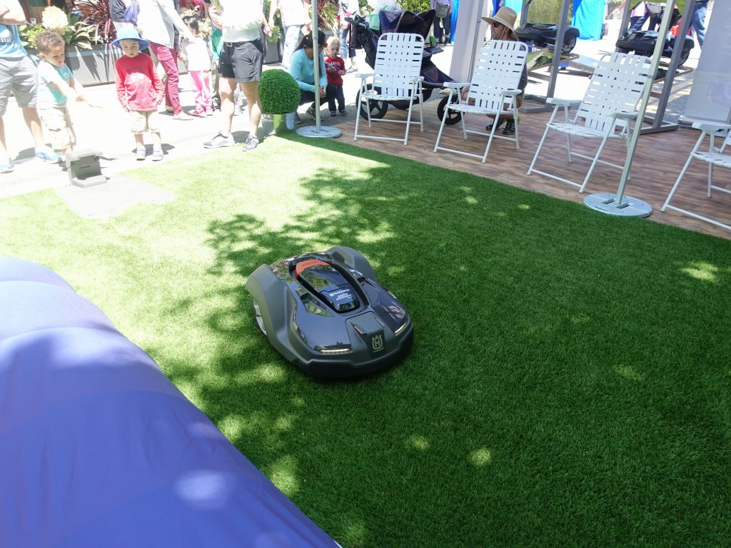 a roomba for grass, good iea, but expensive ($1500+)