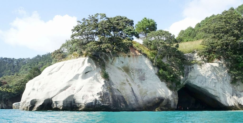 cathedral cove see from the sea