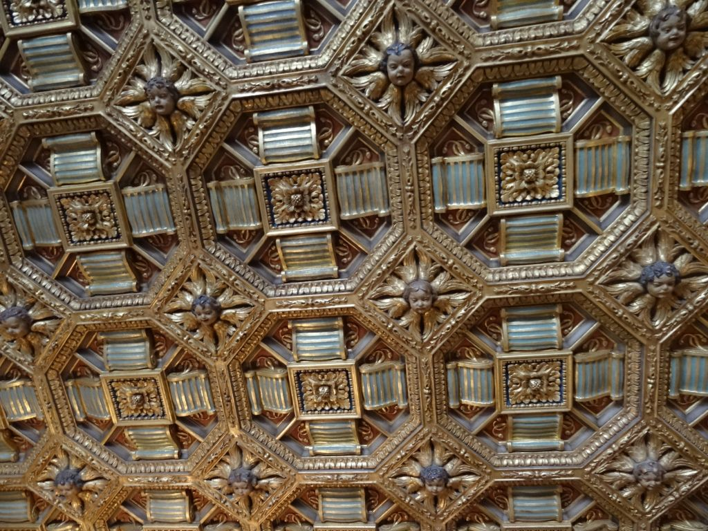 Hearst got a lot of fancy ceilings for his many rooms